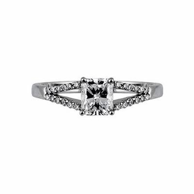Radiant Cut With Split Diamond Set Shoulders 0.90ct EVS2 GIA